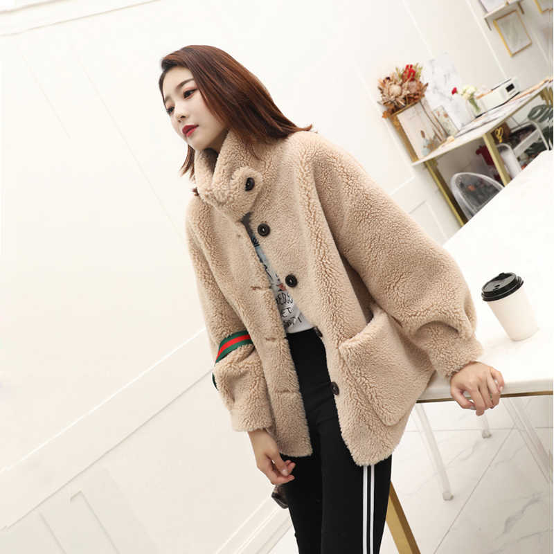 2019 new 100% Real Sheep Fur Coat Women New Fashion Warm Thick Long Style Fur Outerwear Ladies Real Wool Coat F1105