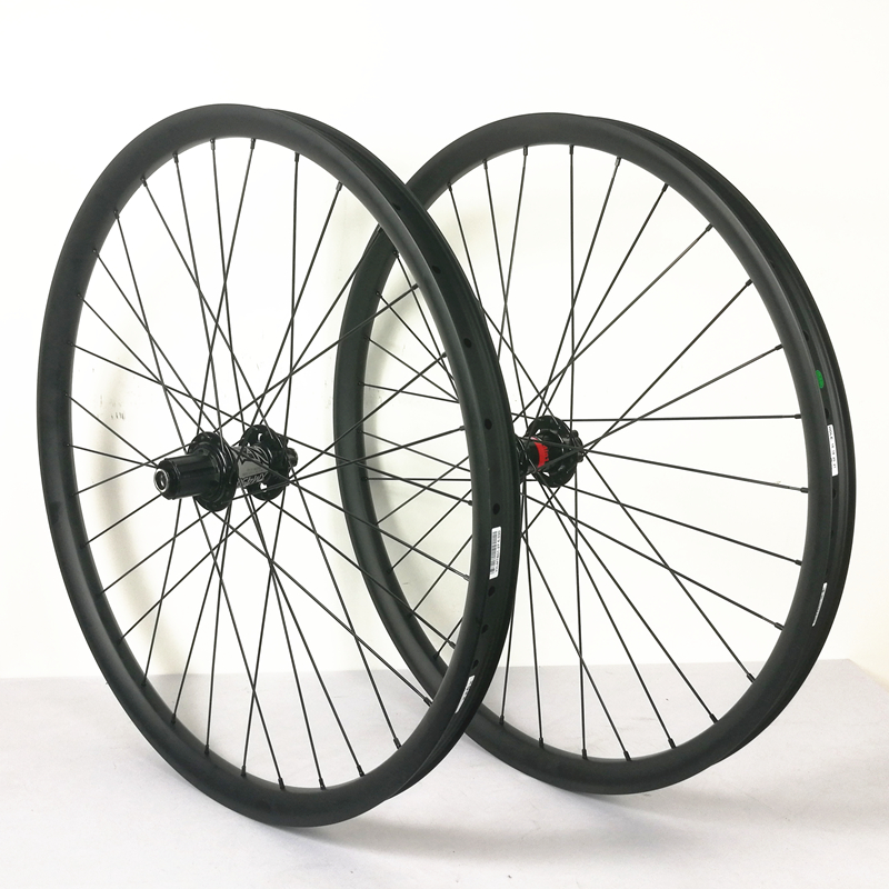 CARBON MOUNTAIN WHEELS 27.5ER 35MM WIDTH 25MM DEPTH 650B WITH KOOZER HUB FRONT 110X20MM NOT BOOST REAR 135X12MM CARBON WHEELS(China)
