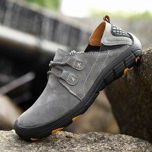 Image 2 - QZHSMY גברים של עור נעליים יומיומיות זכר מגפי לנשימה קשה ללבוש אביב סתיו סניקרס שטוח אור נעלי גדול גודל 38 48