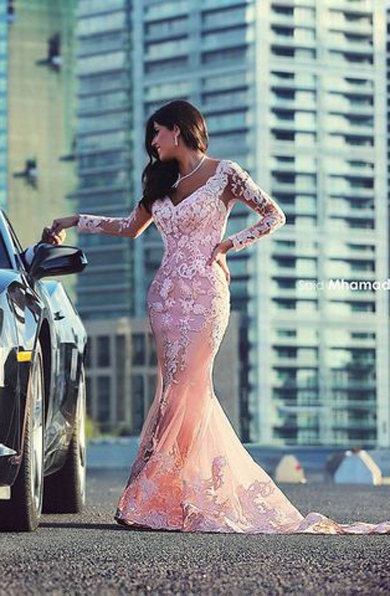 2018 Sexy Long Sleeve V Neck Appliques Lace Mermaid Fitted Pink Tulle Arabic Evening Prom Gown Mother Of The Bride Dresses