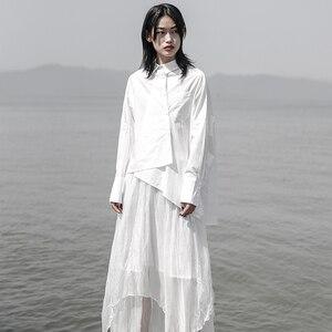 Image 2 - [EAM] 2020 חדש אביב סתיו דש ארוך שרוול לבן Loose Oversize סדיר רופף חולצה נשים חולצה אופנה גאות JS921