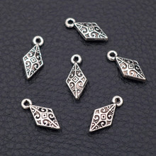 30pcs Antique Silver Mini 3D Prismatic Shuttle Dart Pendant Retro Earrings Bracelet DIY Metal Jewelry Charms Handmade Supplies