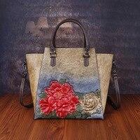 2019 Red Genuine Leather Women Handbags Crossbody Bags For Ladies Totes Ethnic Flower Embossed Messneger Bag Feminine Bolsa