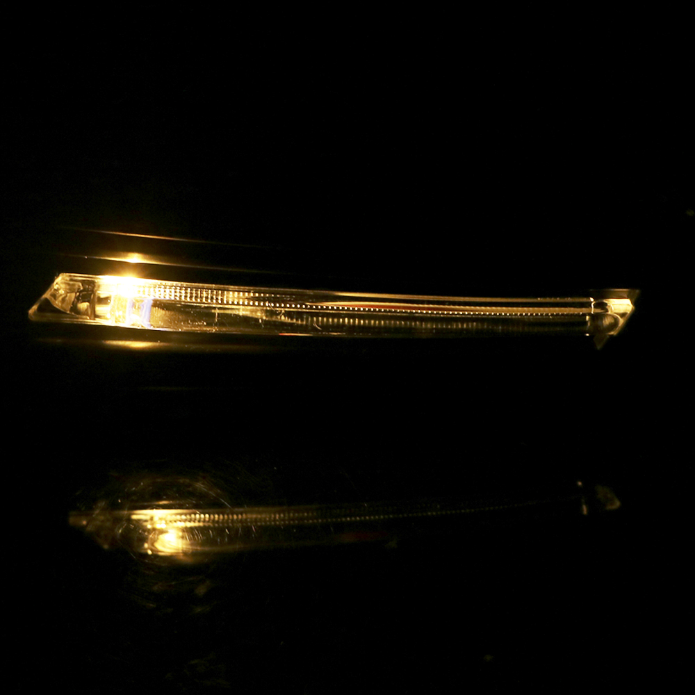 Image 2 - LEEPEE 22mm 7/8 Motorcycle Hand Guards with Turn Signal Light 1 Pair Universal Windproof Motorcycle LED Hand Guard ShieldFalling Protection   -