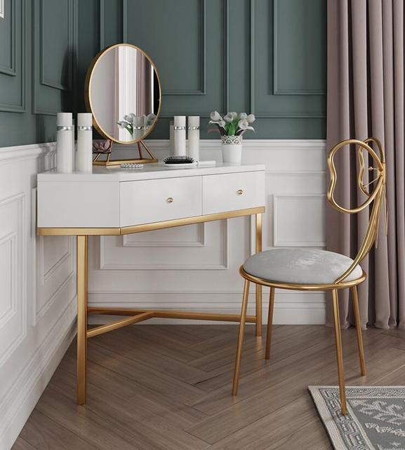 Nordic toaletka sypialnia mały apartament nowoczesny prosty luksusowy narożny toaletka do makijażu netto czerwona toaletka do makijażu tanie i dobre opinie ANDYWINSS Meble do sypialni Farby Minimalistyczny nowoczesny Montaż Komoda Metal Meble do domu Nowoczesne