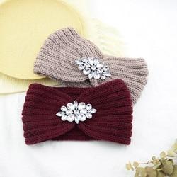Moda Rhinestone zimowy pałąk jasny kryształ kwiatowa do włosów zespoły Twist ciepły dzianiny Rhinestone pałąk dla kobiet ucha cieplej