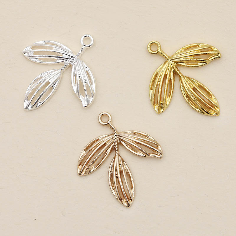 20pcs 24x27.5mm Metal Filigree Leaf Charm Gold/Silver Color For Diy Jewelry Making Findings Necklace Earring Pendant Accessories