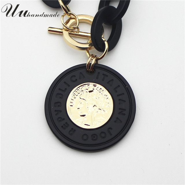 Coin Pendant geometric Necklace  3