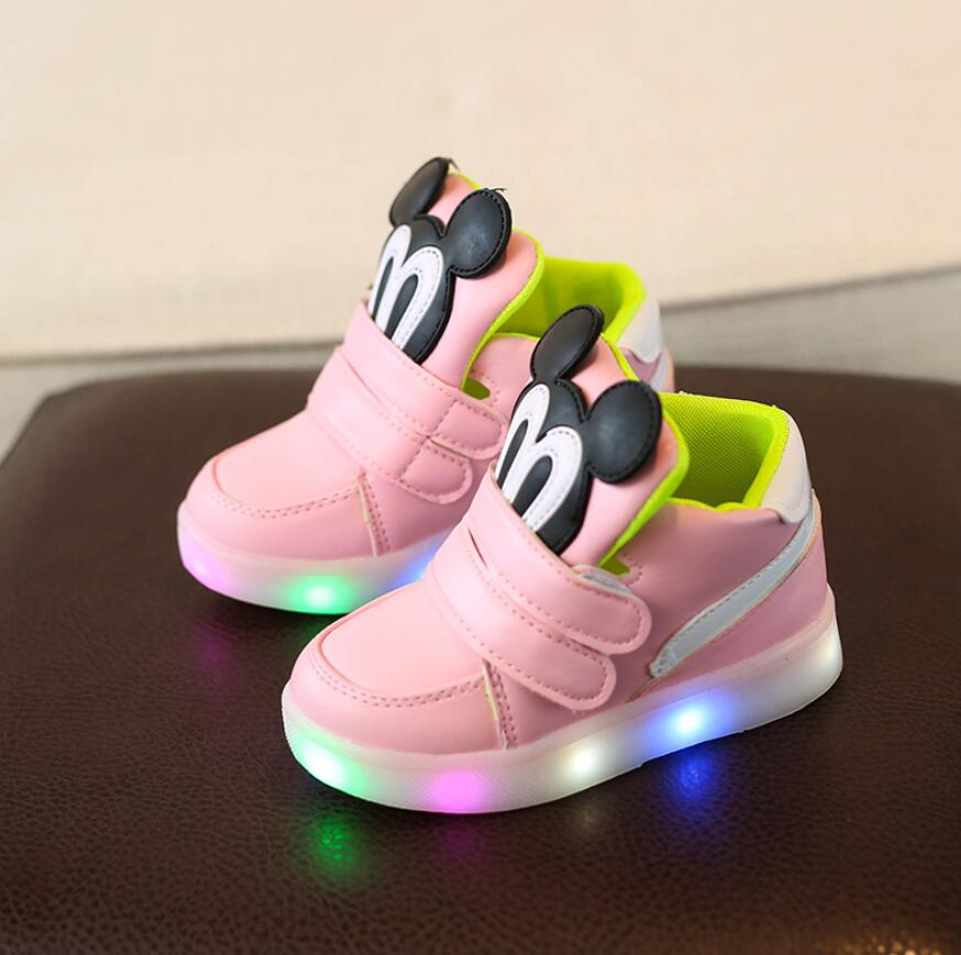 Children Casual Shoes With Light LED Boys Girls Sneakers 2020 Spring Cartoon Mouse Lighted Sport Shoes Fashion Luminous Boots