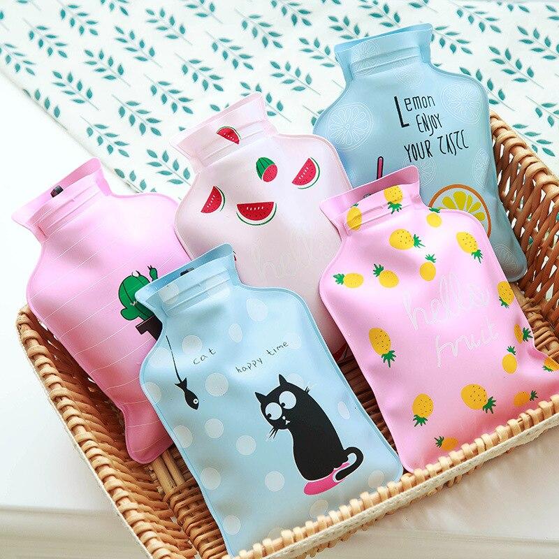 Bolsa de mano tibia con dibujos animados, Mini botellas de agua caliente, calentador Portable para niñas, bolsas pequeñas de inyección de agua con pies de bolsillo