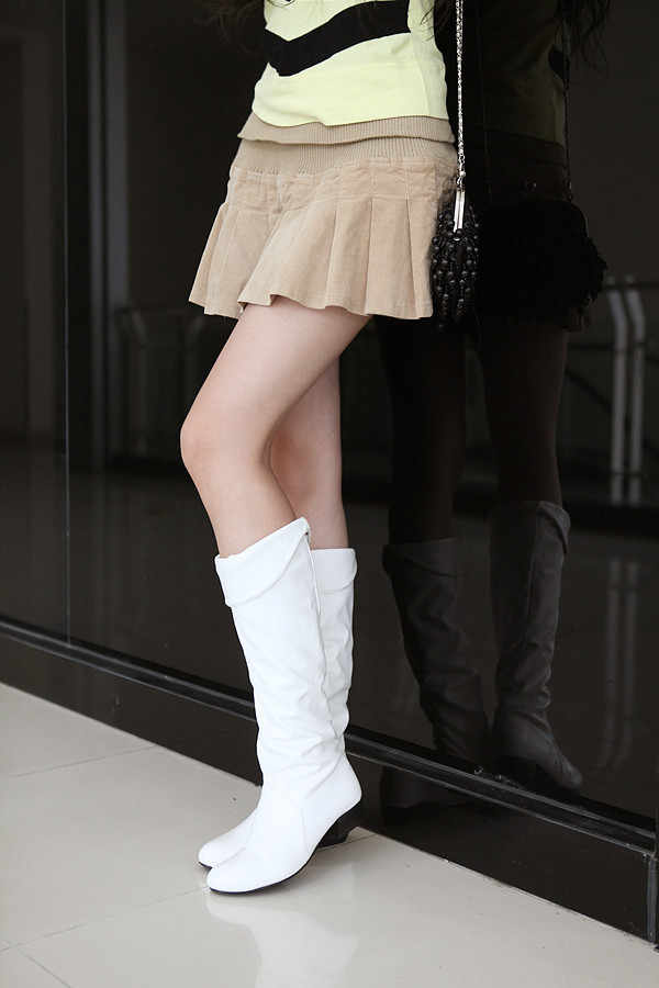 Sonbahar Moda Kadın Botları Ilkbahar Çizmeler Botas Kadın Streç PU Deri Çizmeler Ayakkabı Kadın Siyah Beyaz Roma Diz Boyu çizmeler