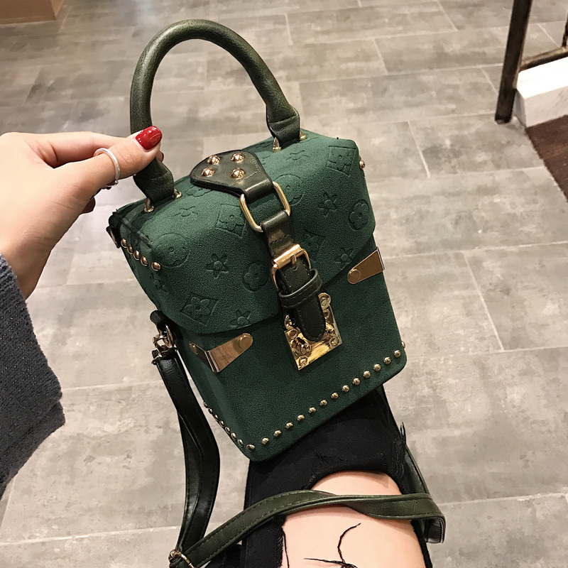 Luxury Handbag For Women New Rivet Totes Shoulder Bag  Fashion Women Clutch Bag Mini Box Crossbody Bag Brand Messenger Lady Bag