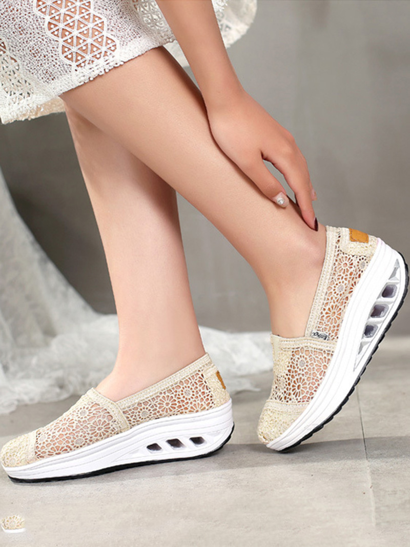 New Spring Summer Hollow Canvas Shoes Women Fashion Lace Slip on Shoes for Women Breathable Platform Shoes 2020 VT750 (9)
