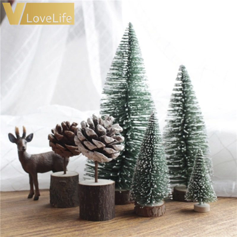 8pcs Stand Mini Christmas Tree Mini Tree New Year Gifts Christmas Decorations for Home Small Pine Tree Placed In The Desktop