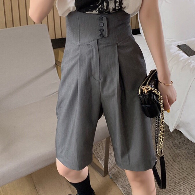 2021 summer fashion High waist wide leg shorts women loose straight casual knee length blazer shorts 1