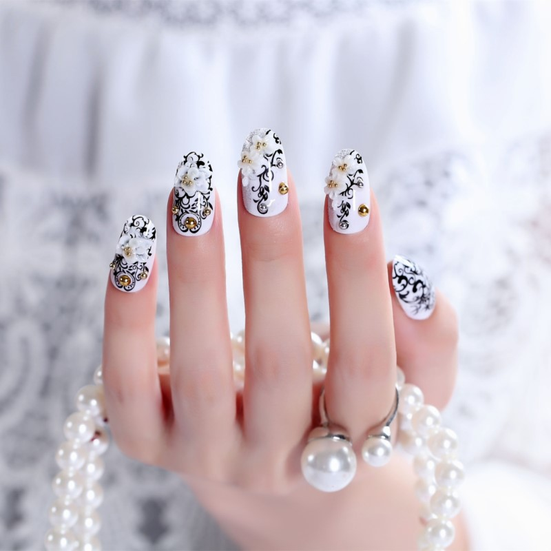 Black Lace Shimmering Powder Varved Bride Manicure Patch Wear Manicure Deconstructable Fake Nails Finished Product Nail Sticker