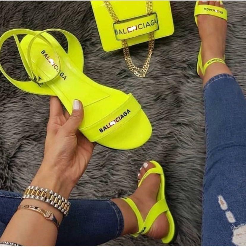 2020 Summer Women's Sandals Fashion Slippers New Flat Shoes Sandals Slipper