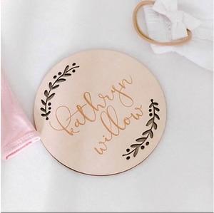 Персонализированный Лазерный Гравировальный деревянный знак для новорожденного, детская карта, подарок для ребенка, реквизит для фотосъем...