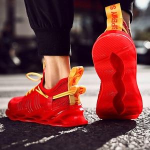 Image 2 - 高品質メンズランニングシューズアウトドアフライング織布通気性スポーツシューズ色戦い男性のカジュアルシューズ高弾性靴