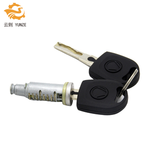 Image 2 - 1PC LOCK BARREL WITH 2 KEYS FIT FOR VW GOLF 4 IV MK4 A6 SKODA FABIA POLO 9N SEAT PASSAT FOR LEFT RIGHT SIDE