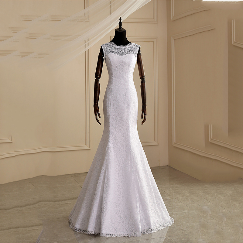 Clear Stock  2 Designs Lace Wedding Dress With Train Size 6 M-in Wedding Dresses from Weddings & Events    1
