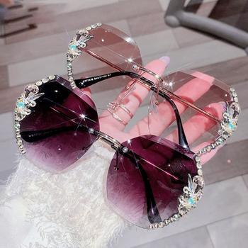 2021 Luxury Brand Design Vintage Rimless okulary przeciwsłoneczne z cyrkoniami kobiety mężczyźni moda gradientowe szkła okulary odcienie dla kobiet tanie i dobre opinie Ettatend CN (pochodzenie) WOMEN Z tworzywa sztucznego Bez oprawek Dla osób dorosłych STOP NONE UV400 62mm 684433 64mm