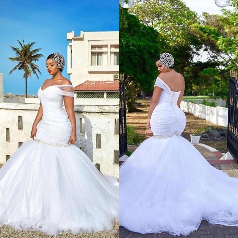 Sexy Plus Size Mermaid Wedding Dresses African One Shoulder Ruched Beaded Sexy Open Back With Button Sweep Train Bridal Gowns