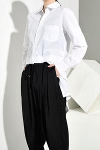 Image 3 - [EAM] Women White Back Long Pleated Asymmetrical Blouse New Lapel Long Sleeve Loose Fit Shirt Fashion Spring Autumn 2020 JR3900