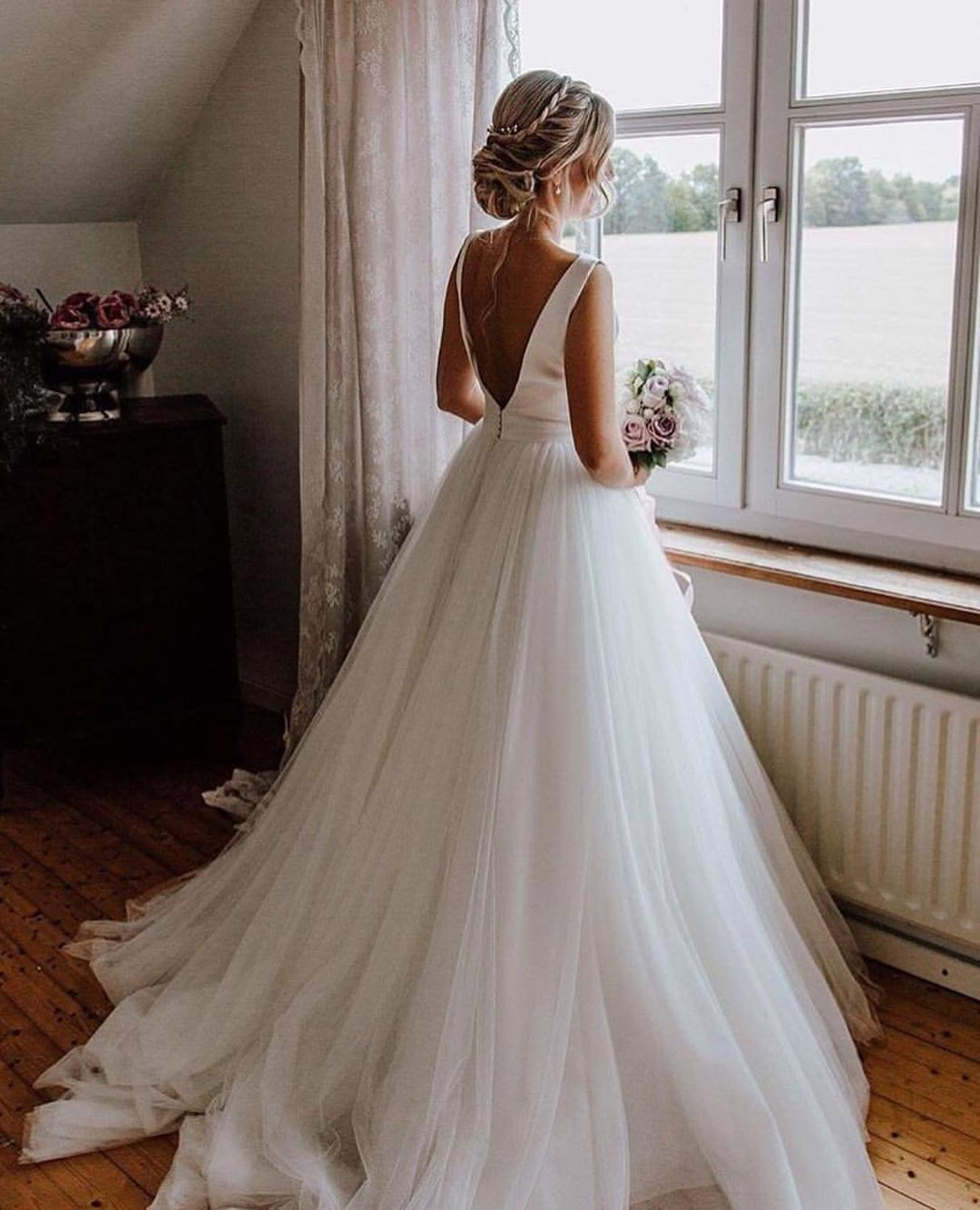 Cheap Simple A Line Wedding Dresses Plus Size 2019 Backless Buttons Back Tulle Bow White Ivory Bridal Wedding Gowns For Bride
