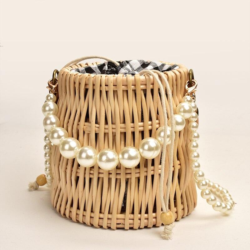 Женская сумка с жемчугом, новая женская сумка через плечо из искусственного ротанга, универсальные вечерние мини-клатчи