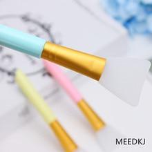 1 soft silicone facial powder fan-shaped makeup brush transparent single mask brush makeup