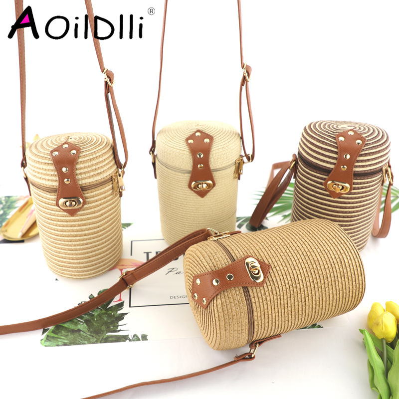 Bucket-shaped Pp Grass Casual Woven Women's Bag Retro Messenger Straw Beach Bag