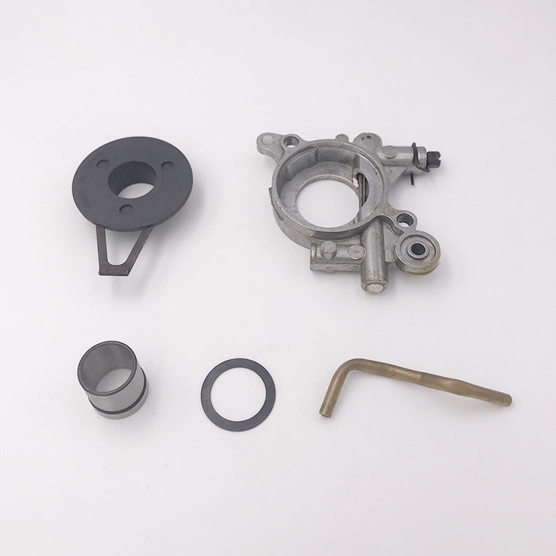 HUNDURE Oil Pump Assembly With Pipe For Husqvarna 362 365 371 372 Jonsered 2063 2165 2071 2171 Oil Pump Worm Chainsaw Parts