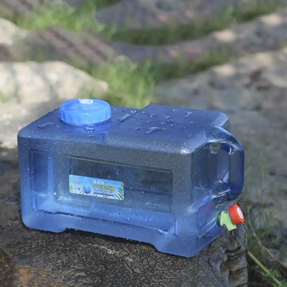 12l balde de água ao ar livre