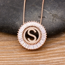 High Quality Women Initial 26 Letters Necklace Rose Gold Pendant Charm Party Wedding Copper CZ Jewelry Personal Necklace Gift