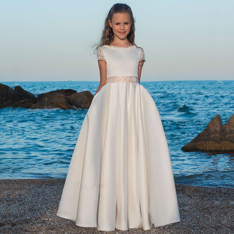 Beach 2019 Flower Girl Dresses For Weddings A-line Cap Sleeves Appliques Lace Pearls Long First Communion Dresses Little Girl