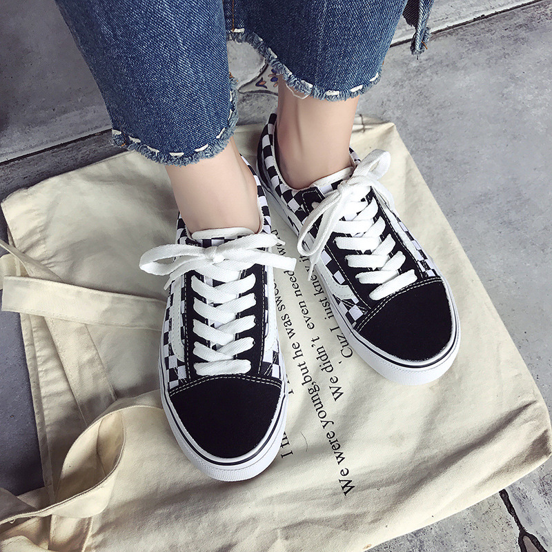Classic Canvas Shoes 2019 Autumn And Winter Plaid Stitching Ladies Flat Shoes Platform Fashion Men's Sports Vulcanized Shoes