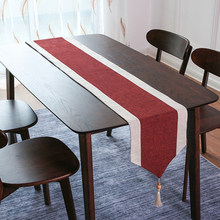 Chemin de Table de noël en coton et lin rouge, décoration de Table avec glands, pour la maison, la salle à manger, la cuisine, fête de mariage en plein air