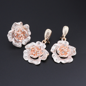 Image 5 - Nigeria Classic Jewelry Sets Elegant Bride Wedding Flower Shape Necklace Earrings Bracelet Ring Set for Dubai Women