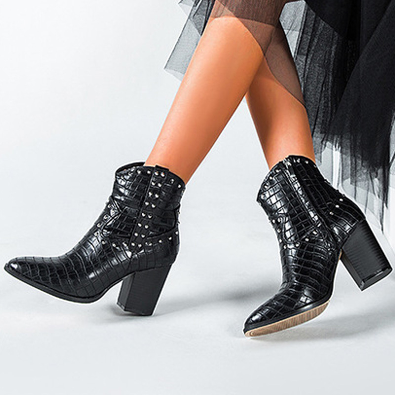 Women ankle boots 2019 Crocodile Pattern Motorcycle Western cowboy boots for women Rivet Zipper PU Leather High Heels Cowgirl