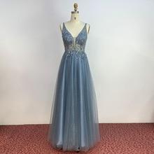 YQLNNE basit tozlu mavi uzun balo kıyafetleri derin V boyun tül kristal boncuklu örgün parti elbise Backless