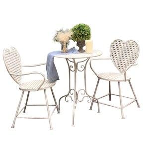 Mesa y silla de jardín al aire libre combinación de tres piezas de hierro forjado antiguo arte ocio casa balcón en forma de corazón