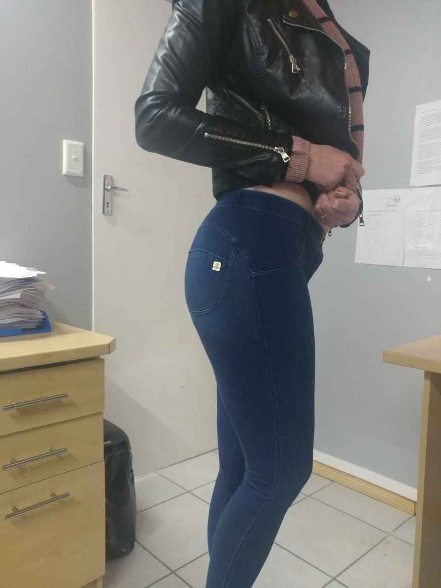멜로디 g1 중반/하이 웨스트 데님 청바지 여성 지퍼 플라이 섹시한 4 색 슈퍼 스키니 엉덩이 리프팅 청바지 여자를 밀어