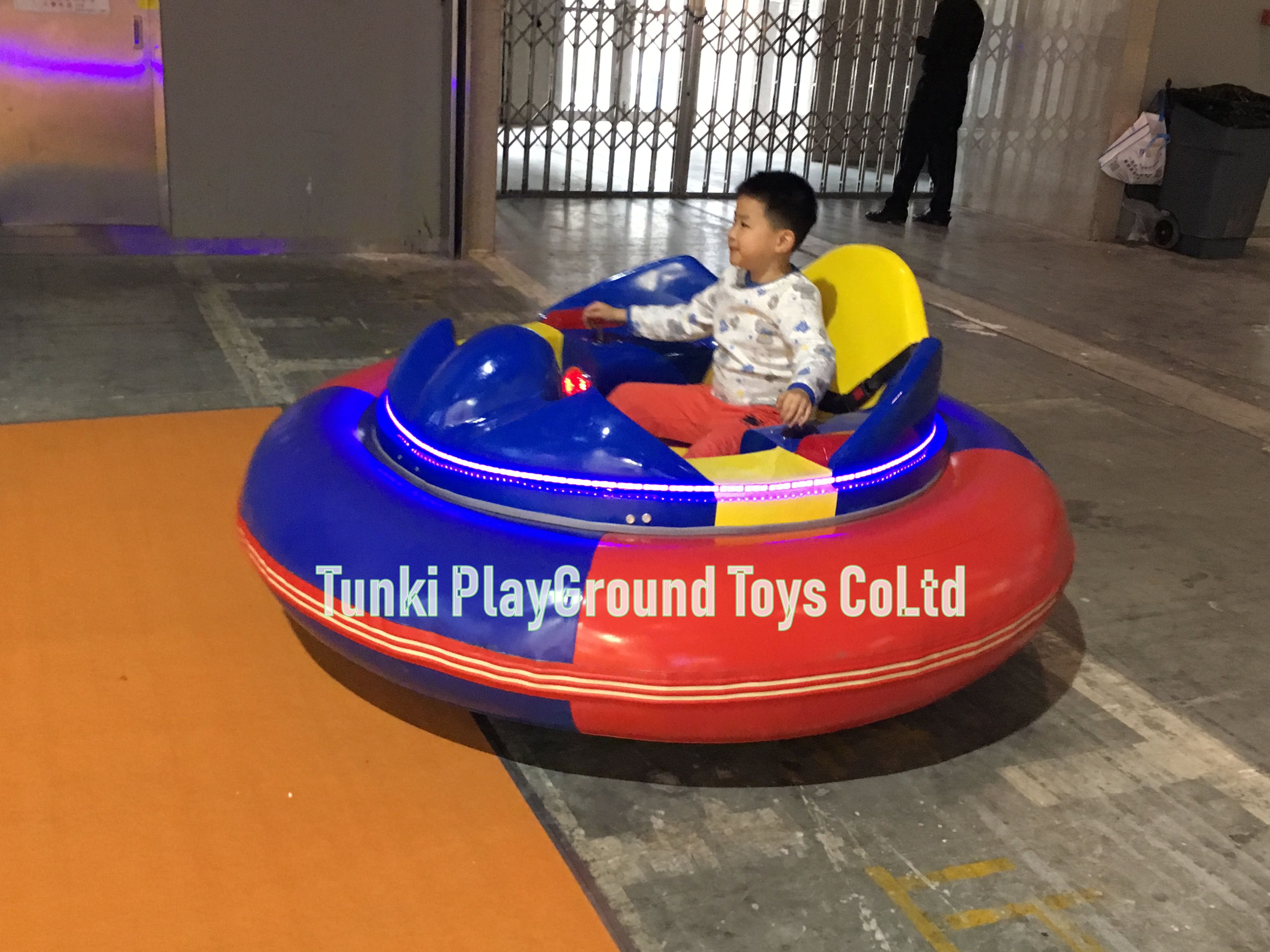 Super Quality Playground Amusement Rides Bumper Car, Popular Inflatable Bumper Car On Ice, Bumper Car