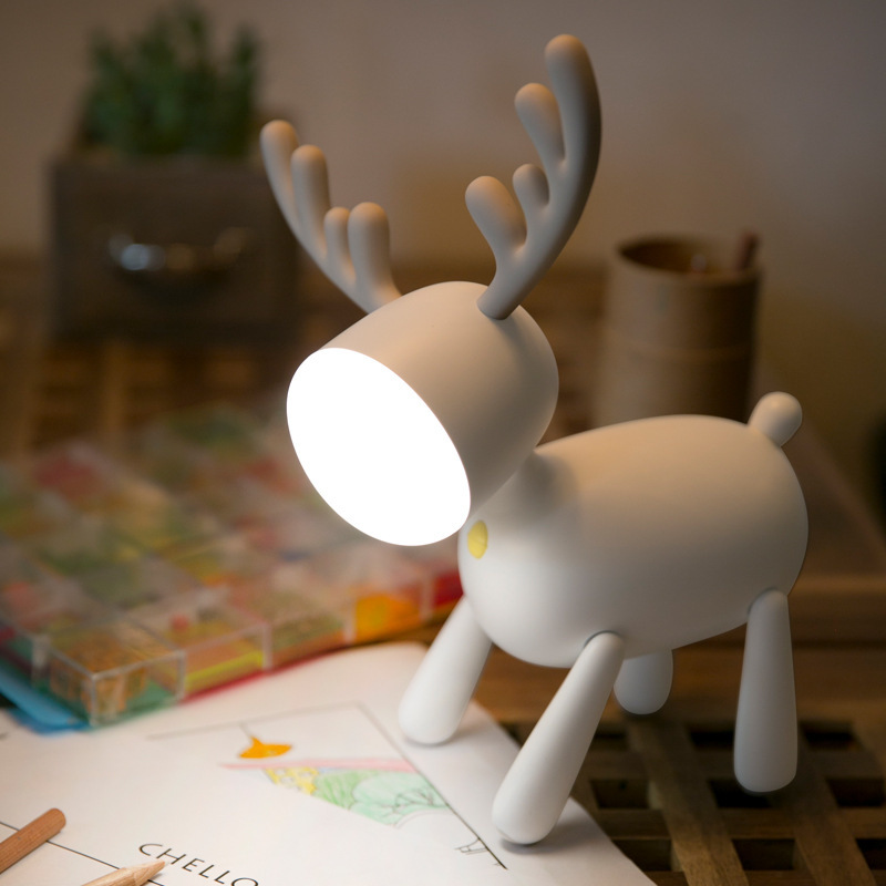 Led Deer Cartoon USB Table Lamps Creative Rechargeable Bedroom Reading Desk Lamp Living Room Decoration Light