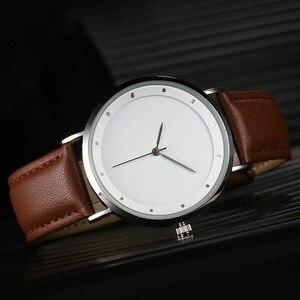 Image 2 - CL056 풀 블랙 브랜드 로고 사용자 정의 시계 정품 가죽 스트랩 자신의 로고 남자 시계 원래 디자인 reloj personalizado