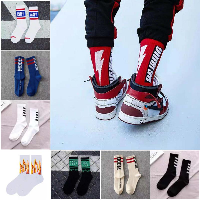 1 pair Brand New Fashion Cotton Black White Lightning Crew Men Socks Sports Skateboard Blaze Street Happy American Boys Sox Set