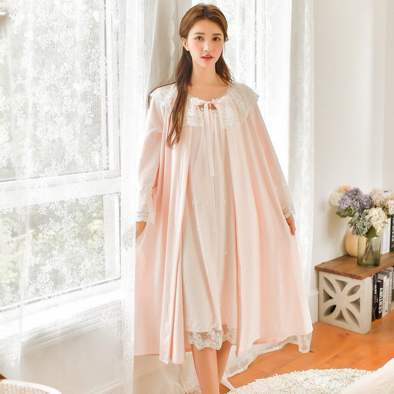Winter Thick Velvet 2 Pieces Robe Sets For Women Long Sleeve Lace Vintage Princess Loose Sleepwear Long Bathrobe Home Clothes