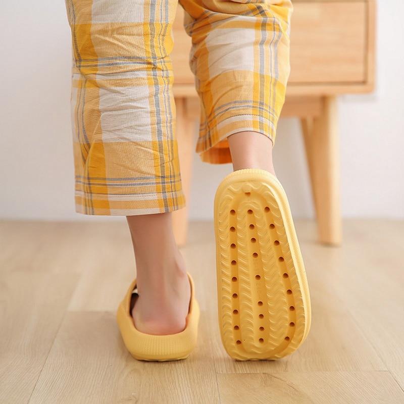 Slippers Women Fashion Summer Non-slip Sandals Shoes Beach Slides High Heels Shower Slipper Soft Sole Women Men Ladies Bathroom 3