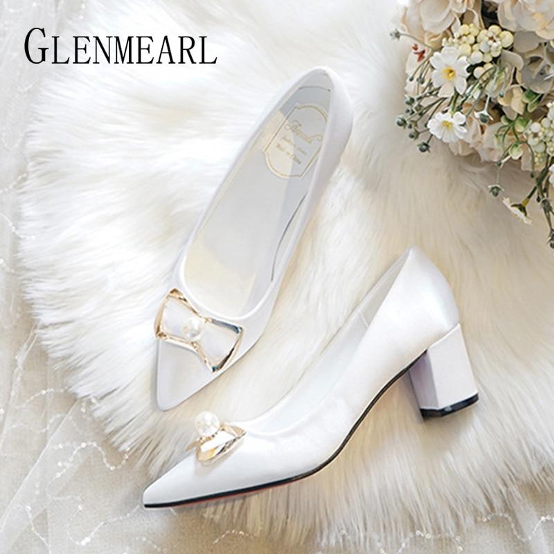 Wedding Women Shoes Silk Comfortable Pumps Bridesmaid Shoes Pearl Crystal Thick Heels Women Pumps Plash Size 2020 New Arrival DE